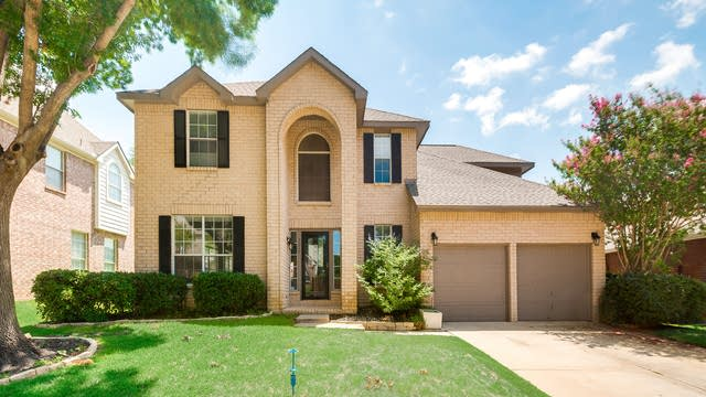 Photo 1 of 36 - 3020 Trailwood Ln, Flower Mound, TX 75028