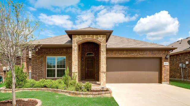 Photo 1 of 33 - 4912 Lazy Oaks St, Keller, TX 76244