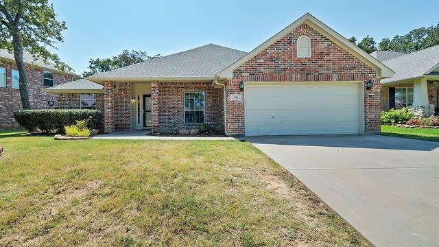 Photo 1 of 28 - 816 Royal Oak Ln, Burleson, TX 76028