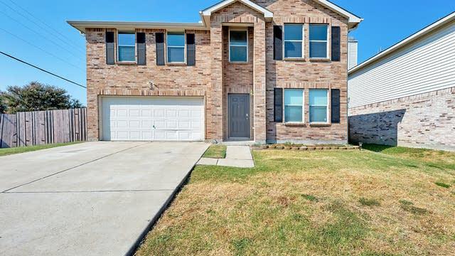 Photo 1 of 33 - 2056 Crosbyton Ln, Grand Prairie, TX 75052