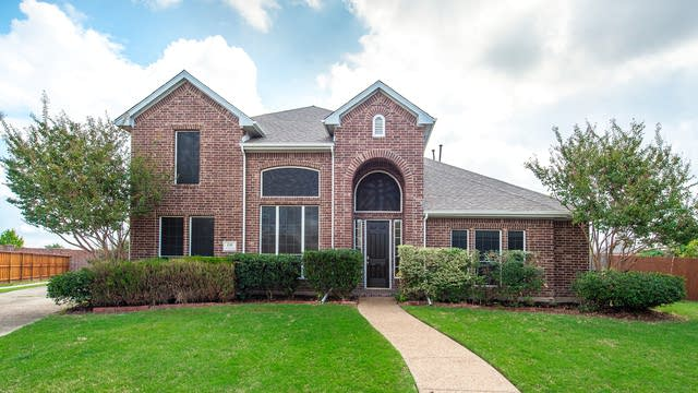 Photo 1 of 34 - 600 Country Meadow Dr, Murphy, TX 75094