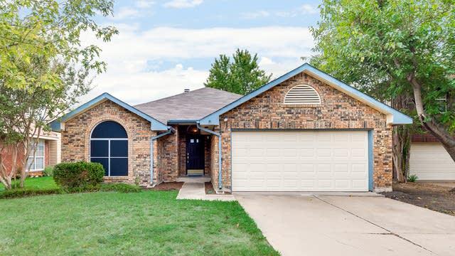 Photo 1 of 26 - 543 Wexford Dr, Grand Prairie, TX 75052