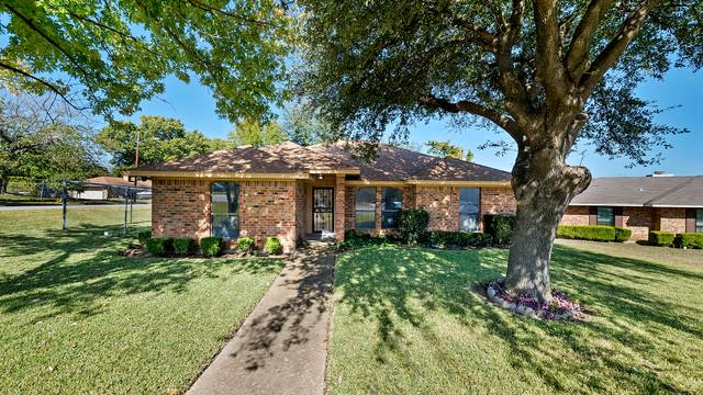 Photo 1 of 22 - 1715 Dolores Way, Dallas, TX 75232