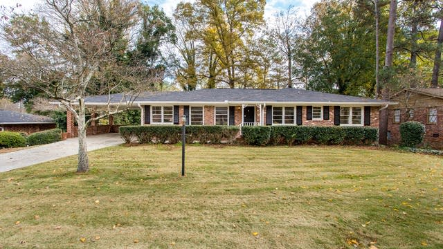Photo 1 of 33 - 6705 Wright Rd, Atlanta, GA 30328