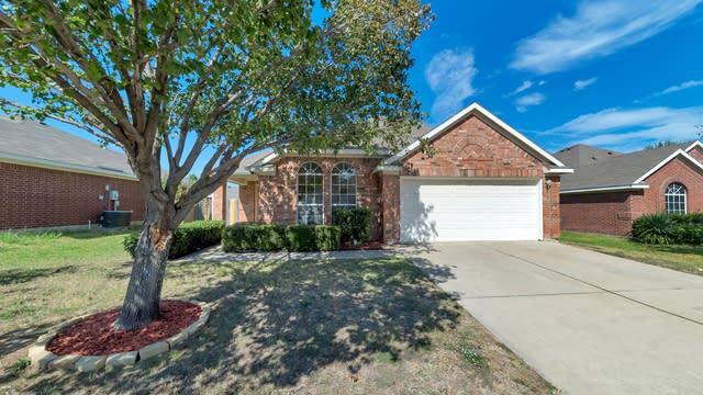 Photo 1 of 20 - 1004 Darbytown Rd, Grand Prairie, TX 75052