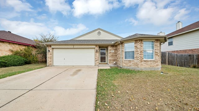 Photo 1 of 23 - 6733 Elk Trl, Arlington, TX 76002