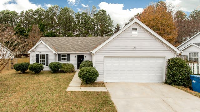 Photo 1 of 28 - 991 Billy McGee Rd, Lawrenceville, GA 30045