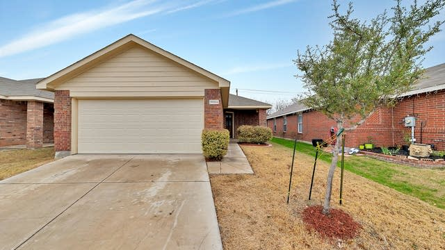 Photo 1 of 22 - 9004 Sun Haven Way, Fort Worth, TX 76244
