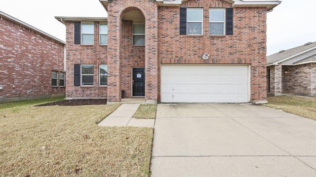 Photo 1 of 28 - 5205 Blue Quartz Rd, Fort Worth, TX 76179