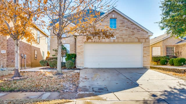 Photo 1 of 26 - 3156 Spotted Owl Dr, Fort Worth, TX 76244