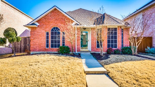 Photo 1 of 23 - 1707 Creekbend Dr, Lewisville, TX 75067