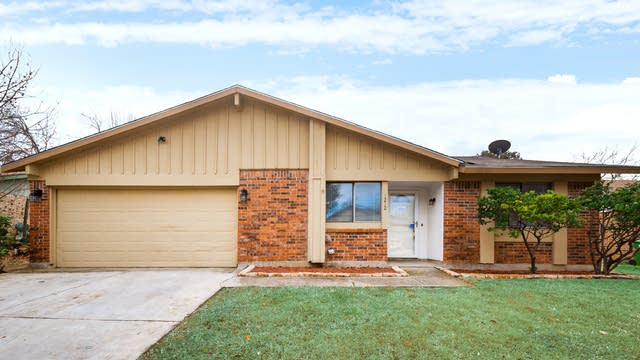 Photo 1 of 30 - 1212 Tranquilla Ter, Bedford, TX 76021