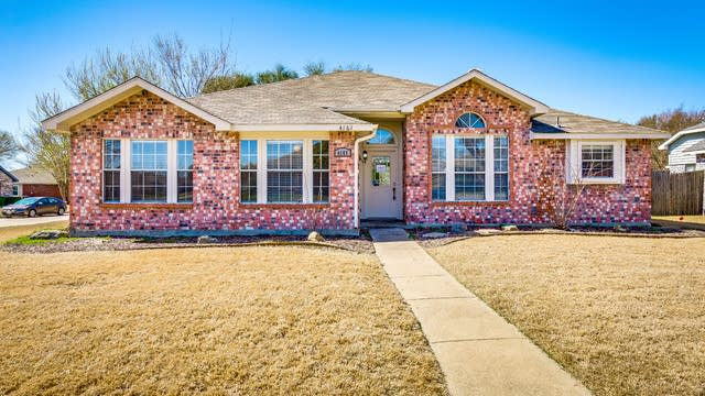 Photo 1 of 27 - 4161 Durbin Dr, The Colony, TX 75056