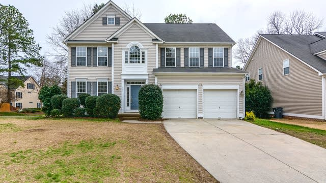 Photo 1 of 34 - 1901 Abby Knoll Dr, Apex, NC 27502