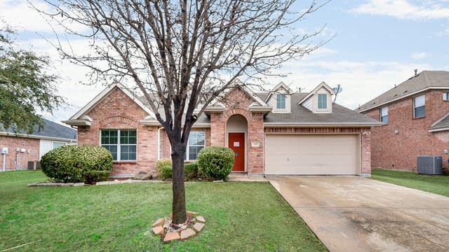 Photo 1 of 30 - 112 Patriot Pkwy, Forney, TX 75126