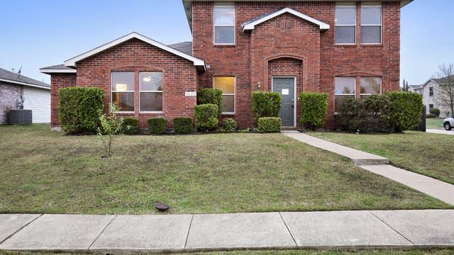 Photo 1 of 25 - 1628 Deerwood Dr, Rockwall, TX 75032