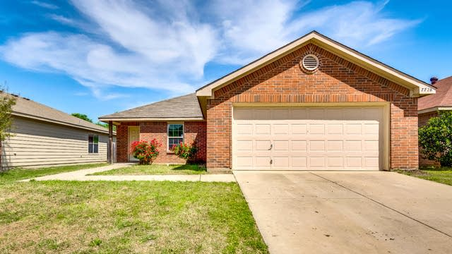 Photo 1 of 27 - 7728 Arkan Pkwy, Dallas, TX 75241