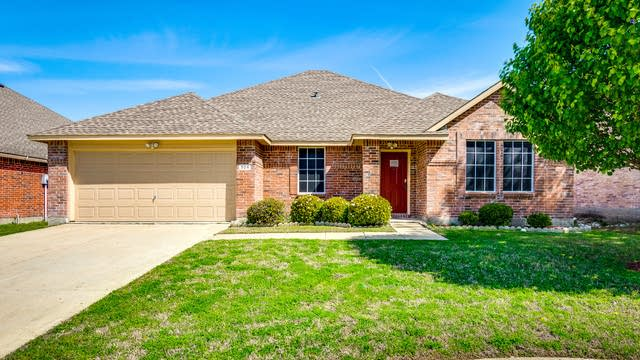 Photo 1 of 27 - 924 Marble Creek Dr, Wylie, TX 75098