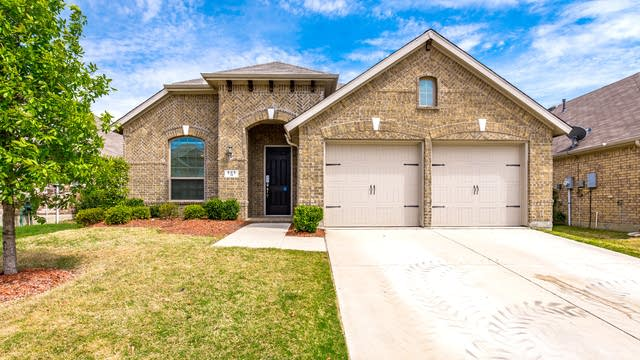 Photo 1 of 29 - 905 Green Coral Dr, Little Elm, TX 75068