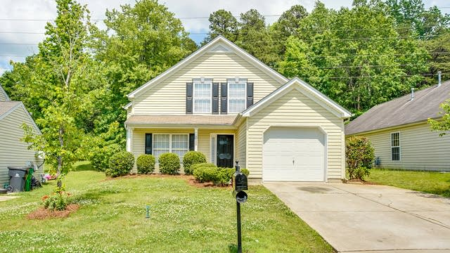 Photo 1 of 21 - 7020 Indian Ridge Ln, Charlotte, NC 28214
