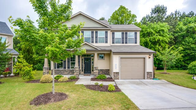 Photo 1 of 21 - 2900 Britmass Dr, Raleigh, NC 27616