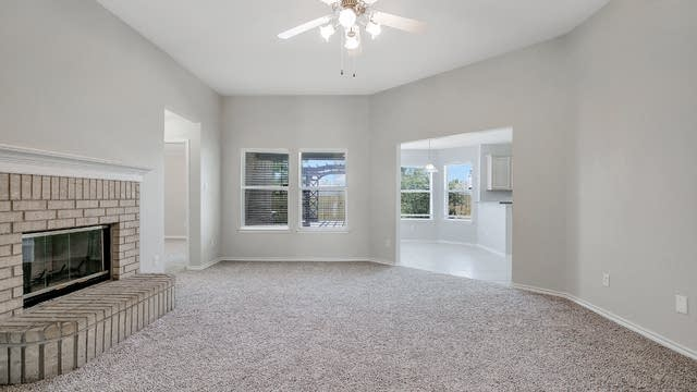 Photo 1 of 26 - 9316 Lisa Ct, Fort Worth, TX 76108