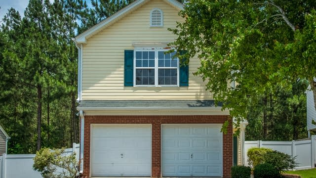 Photo 1 of 18 - 211 Oak Grove Ln, Acworth, GA 30102