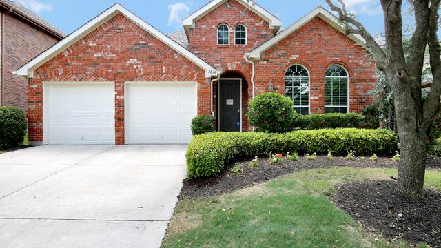 Photo 1 of 29 - 4876 Van Zandt Dr, Fort Worth, TX 76244