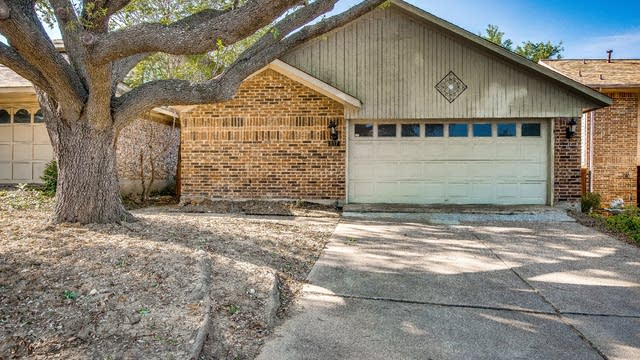 Photo 1 of 27 - 517 Blanco Dr, Mesquite, TX 75150
