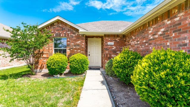 Photo 1 of 26 - 12613 Feathering Dr, Frisco, TX 75034