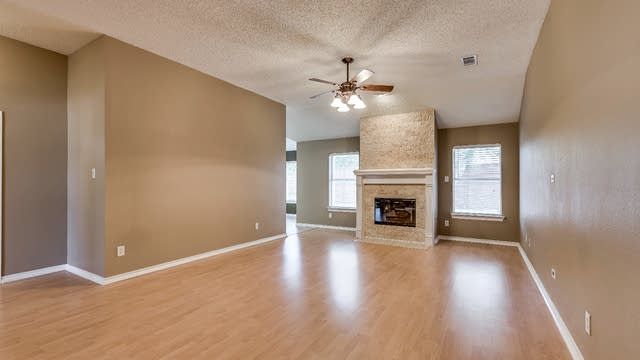 Photo 1 of 26 - 7909 Inlet St, Frisco, TX 75035