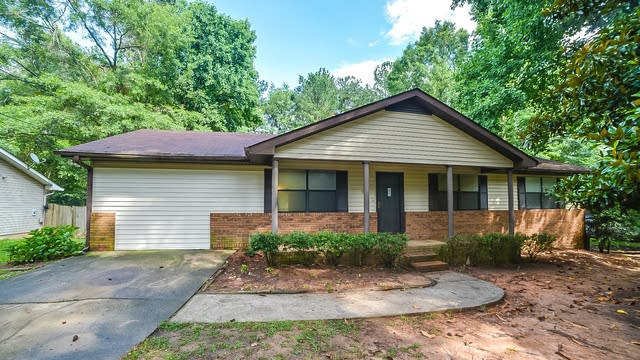 Photo 1 of 18 - 1476 Cave Springs Rd, Douglasville, GA 30134