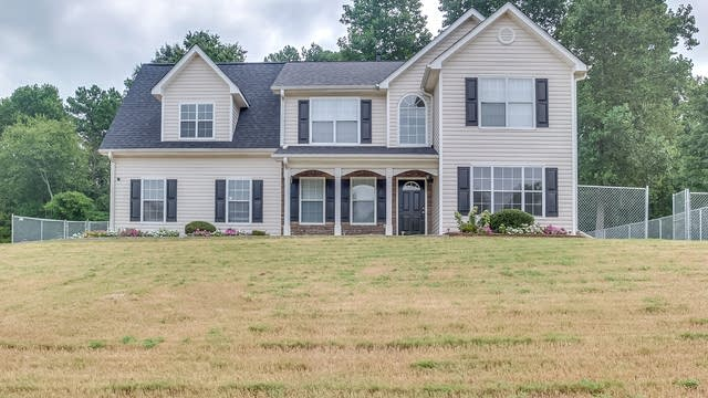 Photo 1 of 23 - 4446 Northwind Dr, Ellenwood, GA 30294