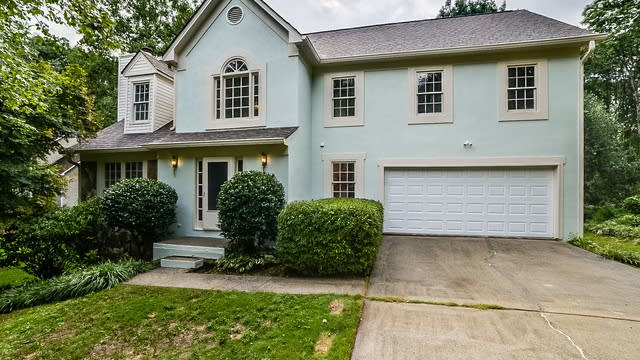 Photo 1 of 28 - 910 Brookmont Dr SW, Marietta, GA 30064