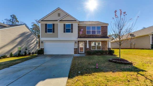 Photo 1 of 20 - 4723 McClure Rd, Charlotte, NC 28216