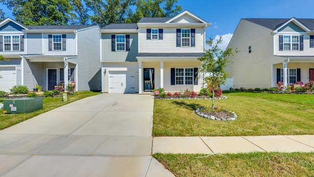 Photo 1 of 20 - 8236 Paw Valley Ln, Charlotte, NC 28214