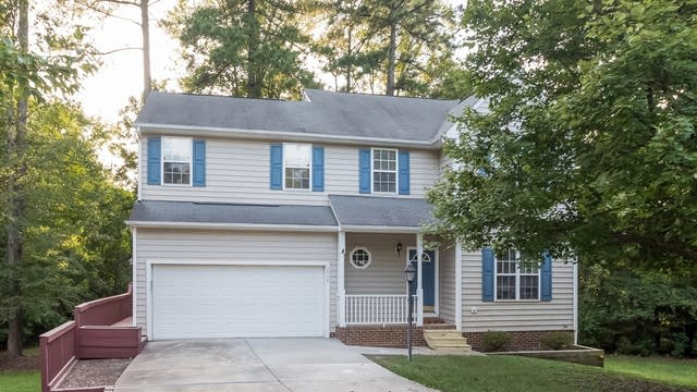 Photo 1 of 22 - 2808 Lower Dry Falls Ct, Raleigh, NC 27603