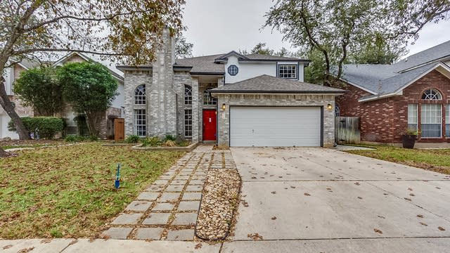 Photo 1 of 20 - 2115 Mollys Way Dr, San Antonio, TX 78232