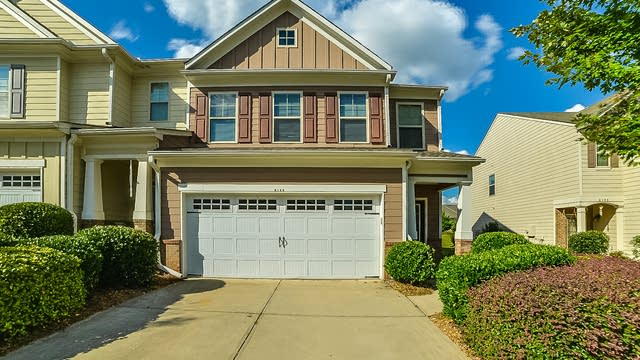 Photo 1 of 16 - 6135 Crested Moss Dr, Alpharetta, GA 30004