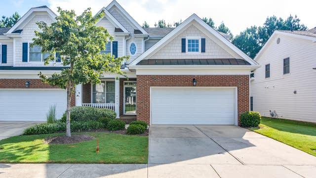 Photo 1 of 17 - 8035 Satillo Ln, Raleigh, NC 27616