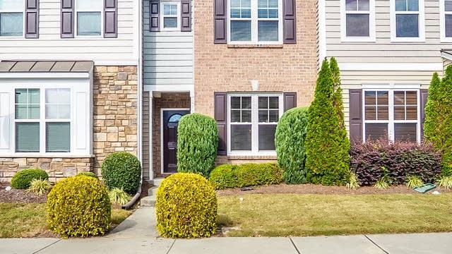 Photo 1 of 19 - 100 Stratford Lakes Dr #218, Durham, NC 27713