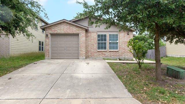 Photo 1 of 13 - 4422 Waldon Pond, San Antonio, TX 78245