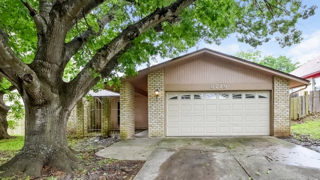 Photo 1 of 25 - 8719 Bridington, San Antonio, TX 78239