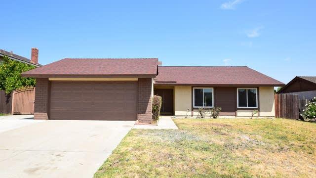 Photo 1 of 30 - 1057 Geronimo Ave, Bloomington, CA 92316
