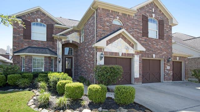 Photo 1 of 17 - 25218 Pineglen Terrace Dr, Spring, TX 77389