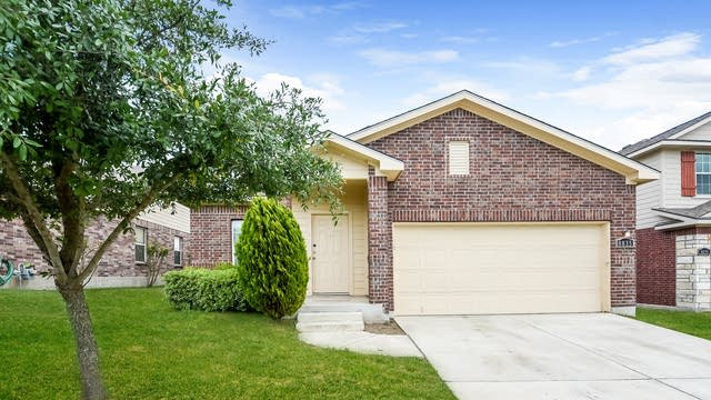 Photo 1 of 25 - 8835 Hays Parc Rd, Converse, TX 78109