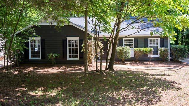 Photo 1 of 24 - 7608 Grayling Ct, Charlotte, NC 28227