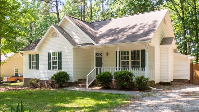 Photo 1 of 25 - 120 Beaver Ridge Dr, Youngsville, NC 27596