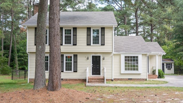 Photo 1 of 17 - 2612 Howard Rd, Raleigh, NC 27613