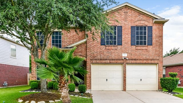 Photo 1 of 25 - 4811 Rustling Glen Ln, Katy, TX 77449